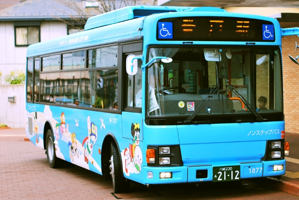 fujiko-museum-bus
